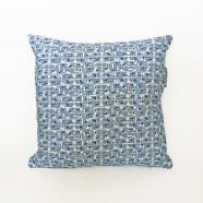 Azulejo Cushion web